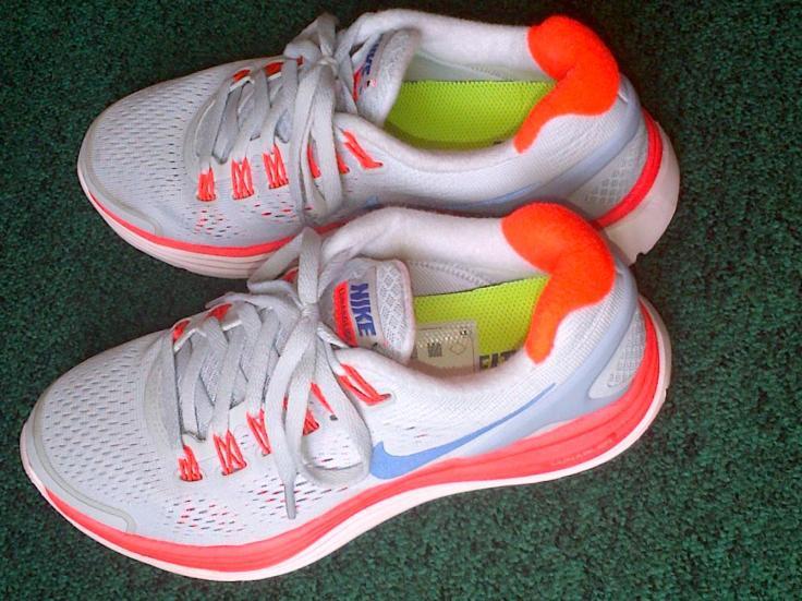neon shoes officiella blog